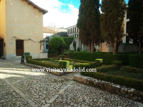 Jardines Casa Zorrilla de Valladolid