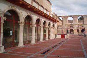 Entrada Palacio del Caballero de Olmedo