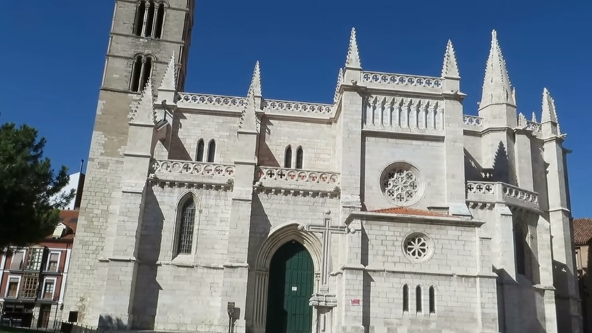 Facha principal de la Antigua de Valladolid