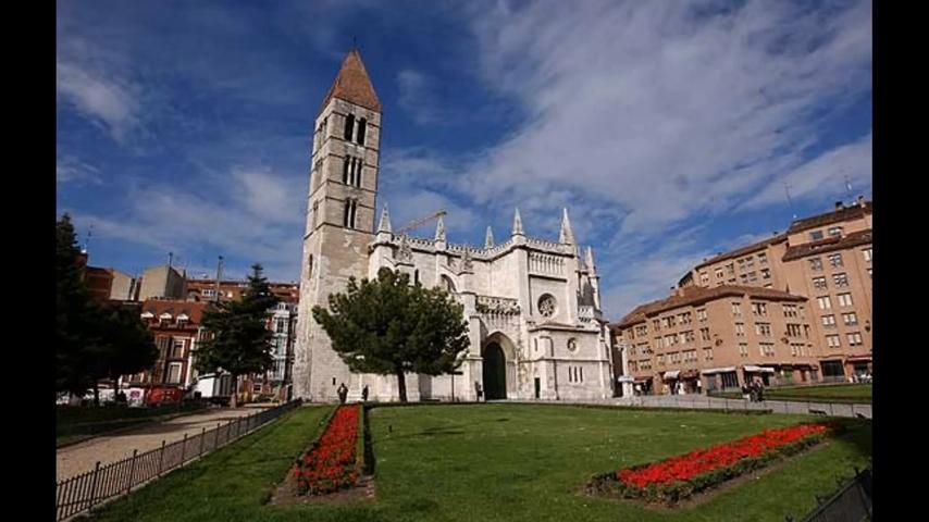 Vista panorámica de la Iglesia de la Antigua de Valladolid