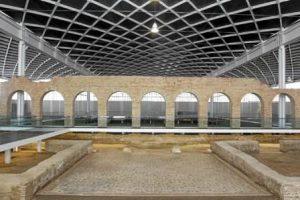 Patio de entrada - Museo de Villas Romanas