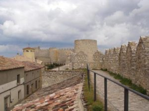 Muralla Castillo de Urueña