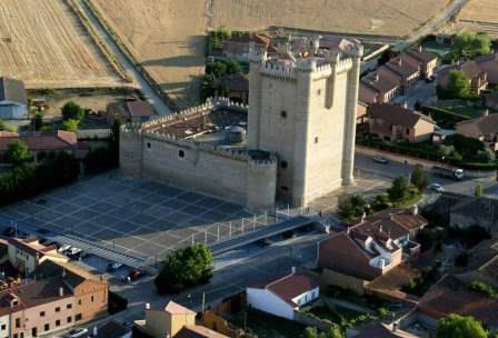 Vista aérea del Castillo de Fuensaldaña